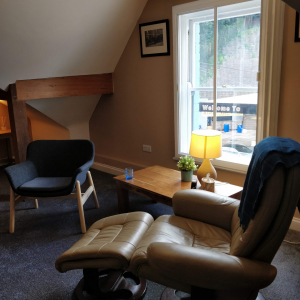 Therapy room to rent 26