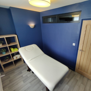 Therapy room to rent 25